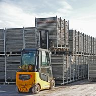 Logistieke middelen (ladingdragers)